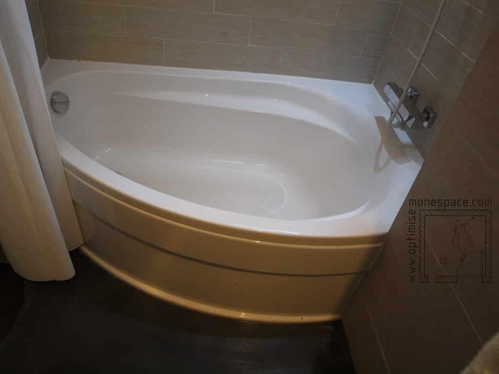 etude de cas une vraie sdb dans moins de 4m. Black Bedroom Furniture Sets. Home Design Ideas