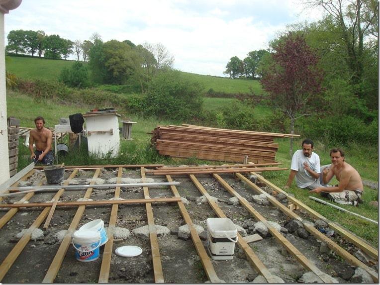 construction d'une terrasse en bois de 80m2